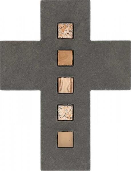 Schieferkreuz mit Inlays aus Mosaiksteinen
