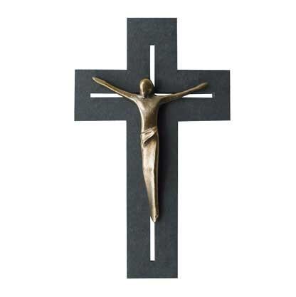 Kreuz mit Korpus modern